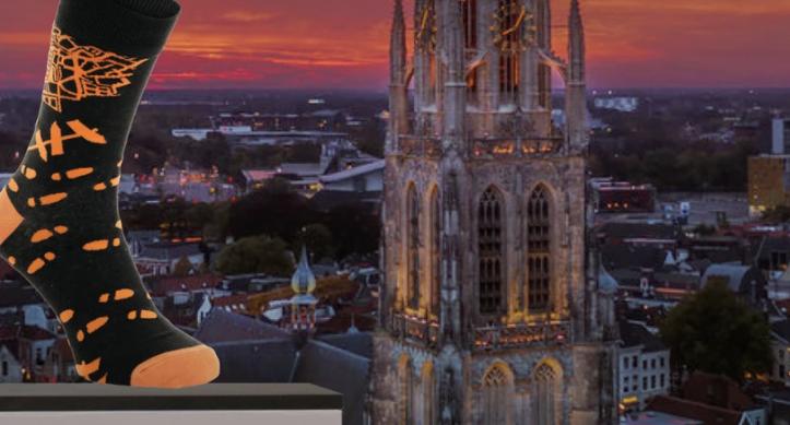 500 paar sokken gedoneerd aan SMO Breda